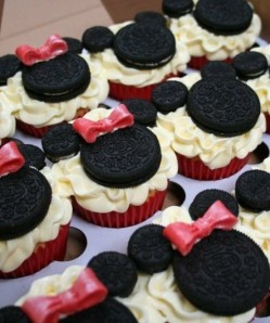 found on pinterest Minnie Mouse cupcakes