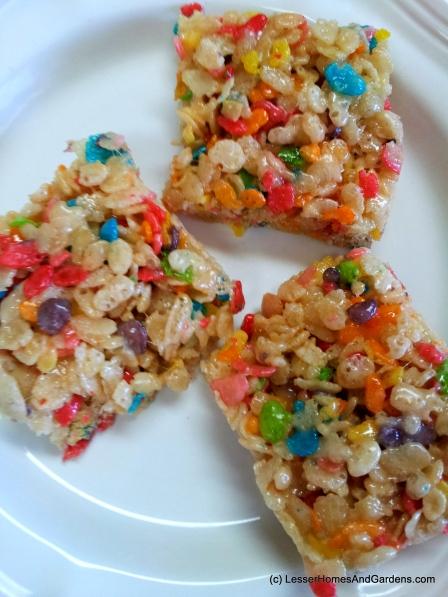 Rainbow rice krispie squares